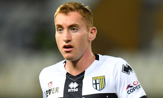 Dejan Kulusevski kiểm tra y tế ở Juventus - Bóng Đá