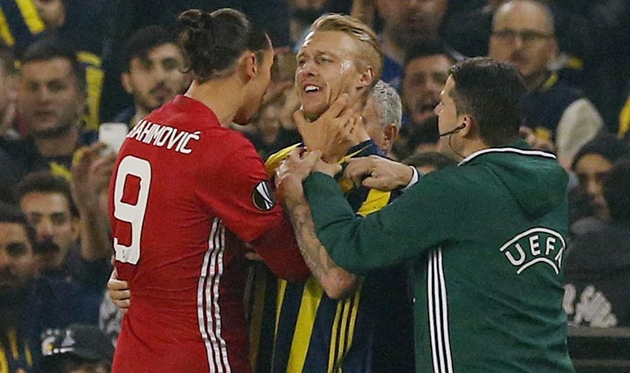 AC Milan nhắm Simon Kjaer - Bóng Đá