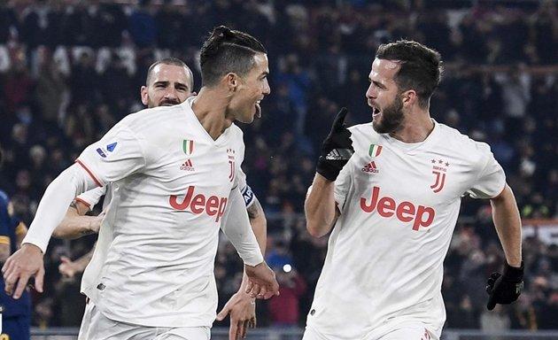 Sarri tiết lộ khả năng ra sân của Ronaldo ở trận gặp AS Roma - Bóng Đá