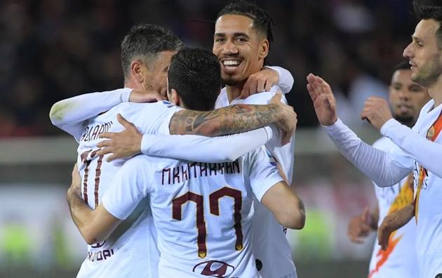 Chris Smalling mắc sai lầm, AS Roma nhọc nhằn đánh bại Cagliari - Bóng Đá