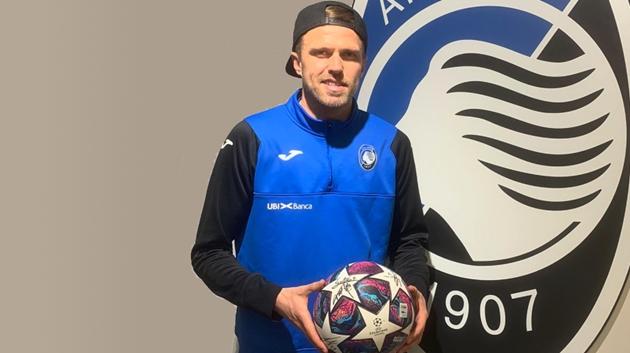 Ilicic tặng quả bóng trong trận gặp Valencia cho bệnh viện ở Bergamo - Bóng Đá
