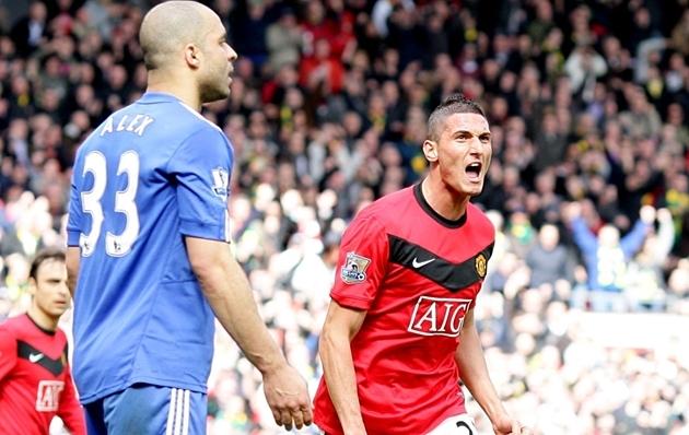 Ngày này năm xưa, Macheda cứu rỗi Manchester United - Bóng Đá