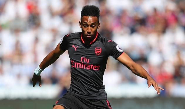 11 cầu thủ Arsenal từng xuất hiện trong trận đấu cuối cùng của
