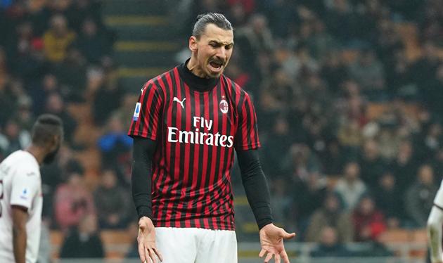 AC Milan forward Ibrahimovic training with Hammarby amid Serie A lockdown - Bóng Đá