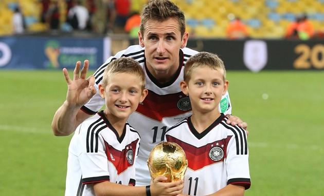 10 cầu thủ có số lần khoác áo ĐT Đức nhiều nhất:  - Bóng Đá
