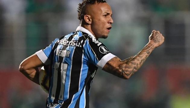 Cha Everton Soares xác nhận con trai đến Napoli - Bóng Đá