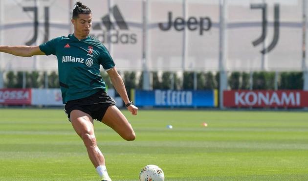Ảnh Juventus tập ngày 30/5 - Bóng Đá