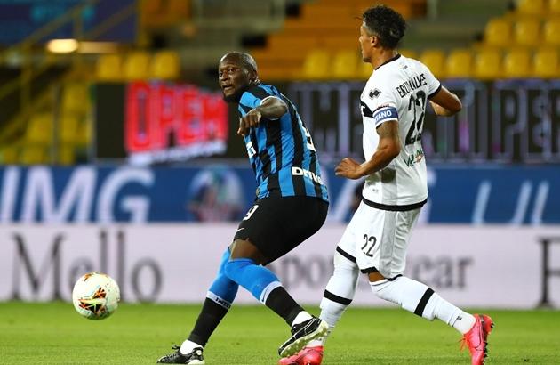 Calciomercato chỉ trích Eriksen, Lukaku - Bóng Đá
