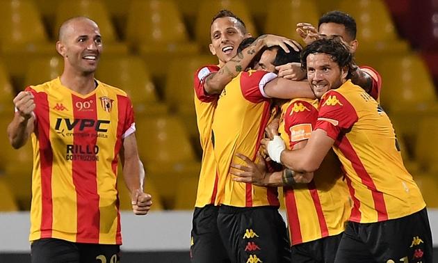 CHÍNH THỨC: Benevento giành vé thăng hạng Serie A - Bóng Đá