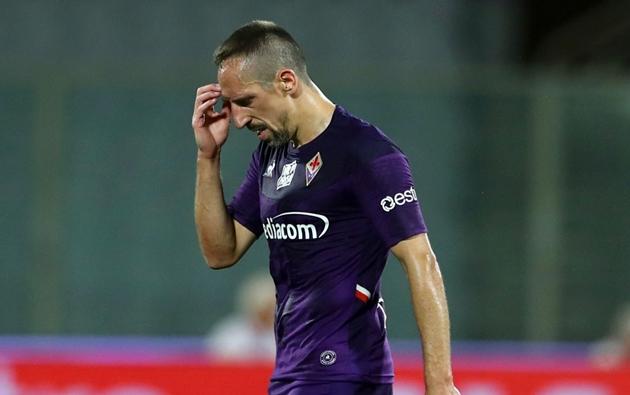 Franck Ribery bị CĐV Fiorentina mỉa mai - Bóng Đá