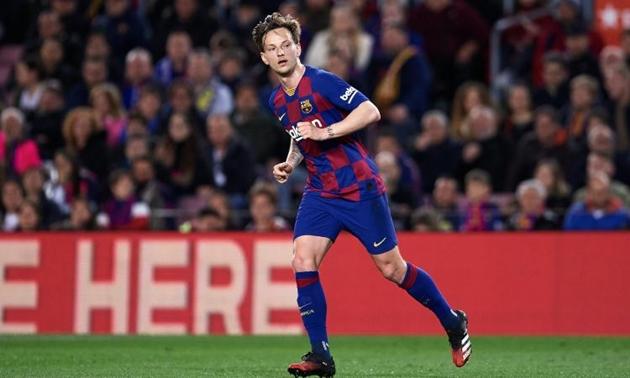 Ivan Rakitic muốn ở lại Barca - Bóng Đá