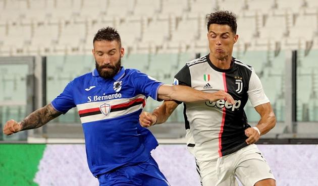 Ronaldo sút hỏng penalty; Juventus vô địch Serie A lần thứ 9 liên tiếp - Bóng Đá