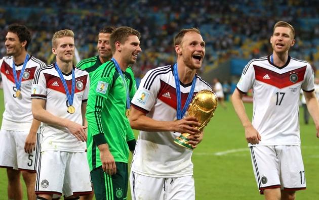 Worldcup888 news:  Nhà vô địch World Cup 2014 tuyên bố giải nghệ