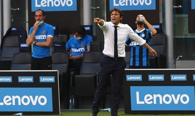 24 giờ tràn đầy niềm vui tại Inter: Sanchez ký hợp đồng 3 năm, mâu thuẫn với Conte kết thúc - Bóng Đá