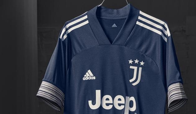 Ronaldo, De Ligt cực ngầu trong ngày Juve ra mắt mẫu áo đấu mới