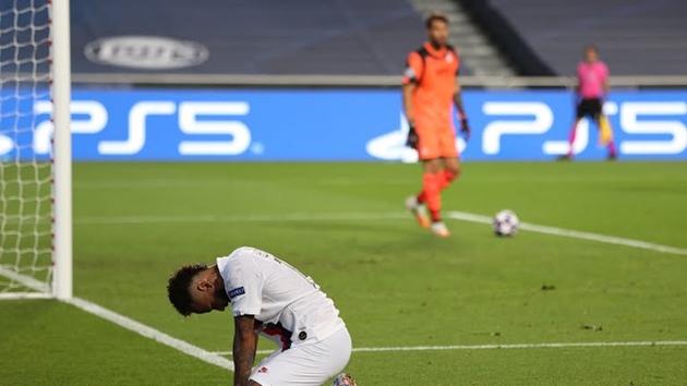 Neymar từ tệ hại hóa người hùng, PSG lội ngược dòng siêu kịch tính trước Atalanta - Bóng Đá