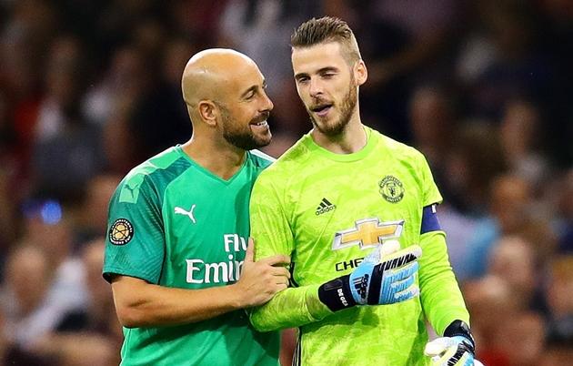 Valencia muốn đưa Pepe Reina hồi hương - Bóng Đá