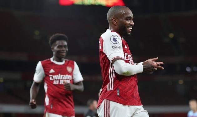 Arsenal legend Alan Smith has a message for Alexandre Lacazette - Bóng Đá