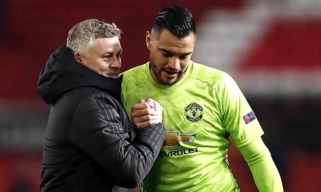 Valencia keen to make Romero their No. 1 - Bóng Đá