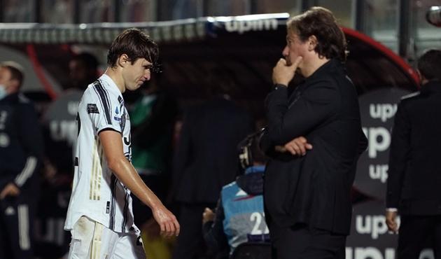 3 thẻ đỏ sau 7 trận, con số báo động cho Juventus! - Bóng Đá