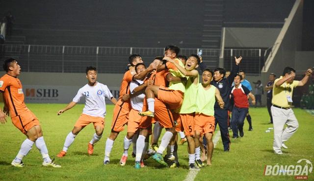 Đức Chinh ghi bàn, SHB Đà Nẵng hạ ĐKVĐ trên sân Hòa Xuân - Bóng Đá
