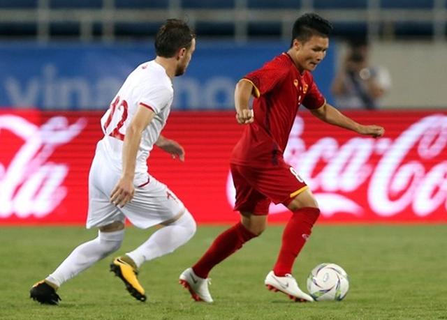 Quang Hải đã có một trận đấu chơi đầy nỗ lực, anh thường xuyên tung ra những cú sút xa bằng chân trái khá dị không ít lần gây khó cho thủ môn U23 Uzbekistan. Nếu may mắn hơn, Hải