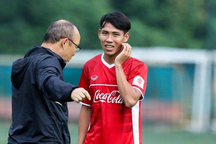 Báo Hàn Quốc tin HLV Park Hang-seo sẽ giúp ĐT Việt Nam vô địch AFF Cup - Bóng Đá