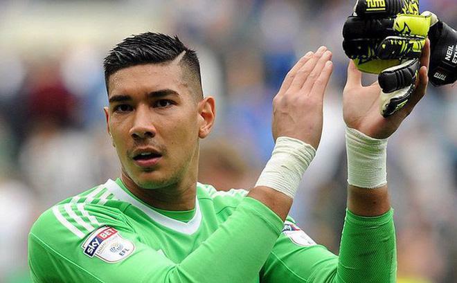 ĐT Việt Nam sẽ không phải đối đầu với thủ môn Cardiff City ở AFF Cup 2018 - Bóng Đá