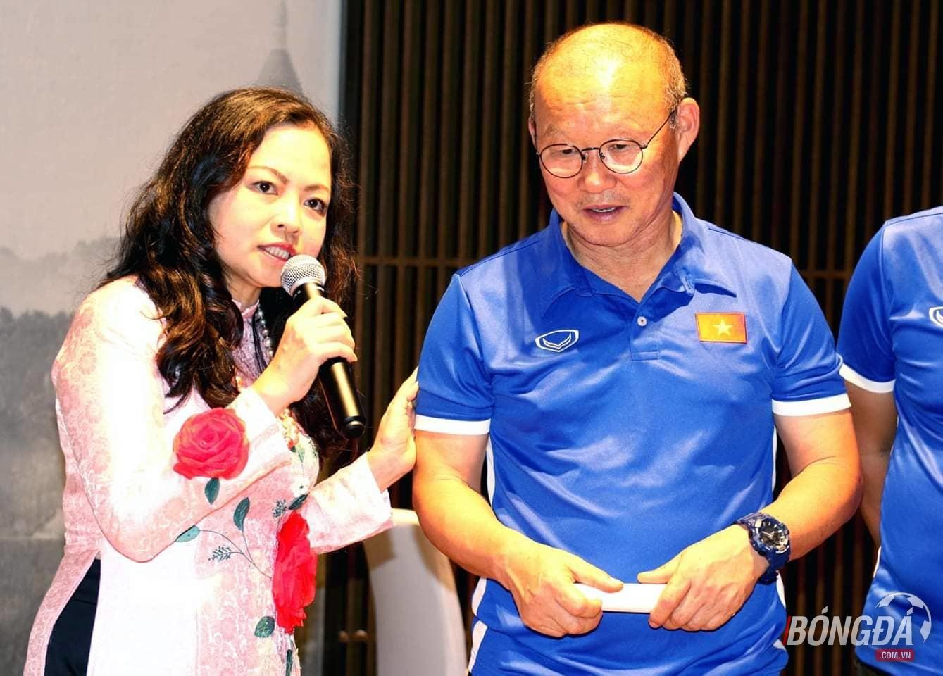 Điểm tin bóng đá Việt Nam sáng 19/11: Ngọc Hảitự tin đối đầu đối thủ Myanmar - Bóng Đá