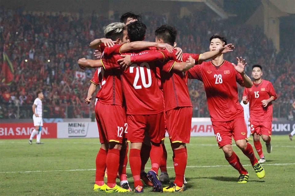 Điểm tin bóng đá Việt Nam tối 02/12: Công Phượng, Xuân Trường dự bị - Bóng Đá