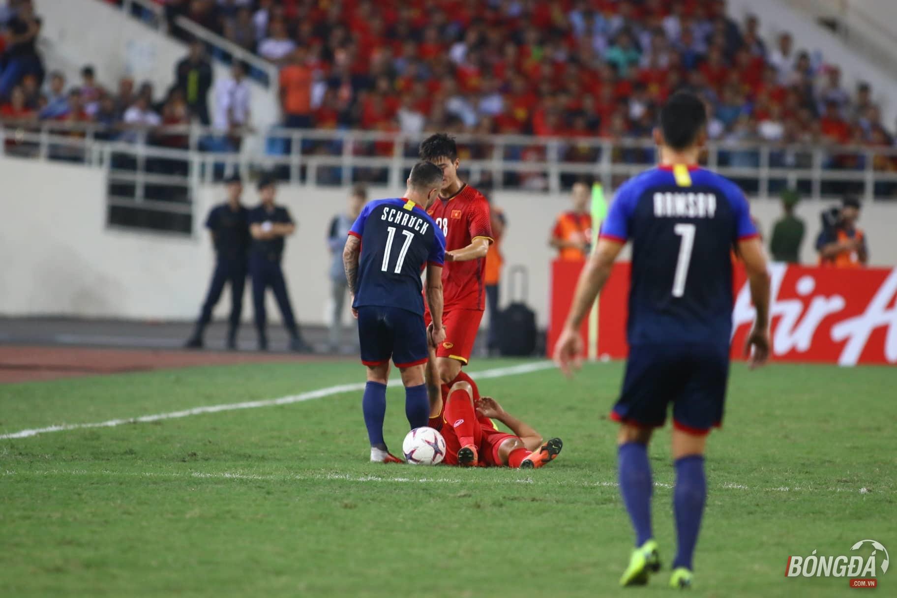 TRỰC TIẾP ĐT Việt Nam 0-0 ĐT Philippines: Đội khách chơi quá rắn - Bóng Đá