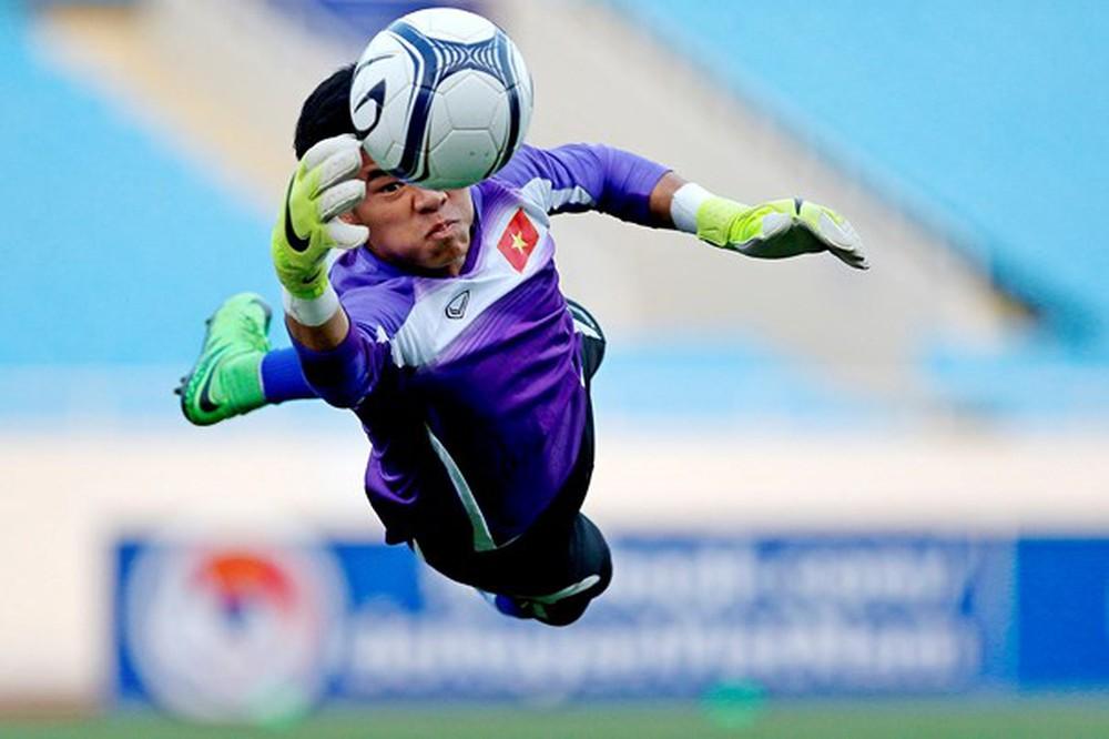 SLNA đón sự trở lại của cựu thủ môn ĐT Việt Nam - Bóng Đá