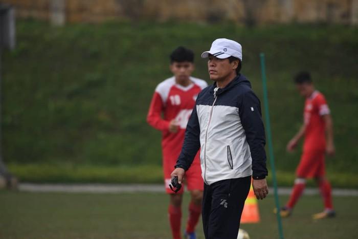 Giống HLV Park Hang-seo, Viettel dùng ekip Hàn Quốc tại V-League - Bóng Đá
