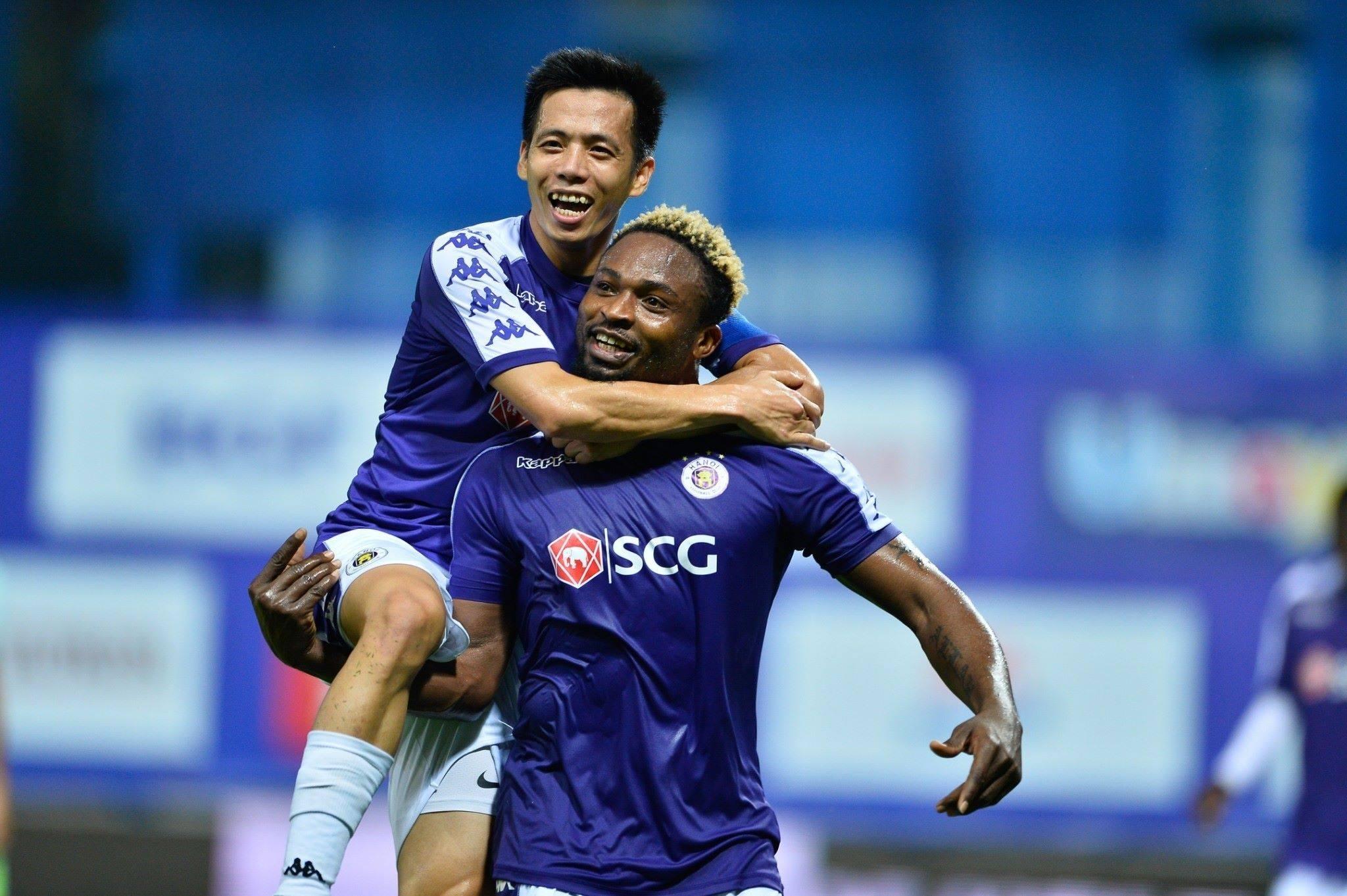 Văn Quyết ghi bàn, Hà Nội FC đánh bại