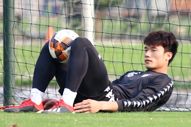 Điểm tin bóng đá Việt Nam sáng 17/02: Báo Trung Quốc cảnh báo Shandong Luneng - Bóng Đá