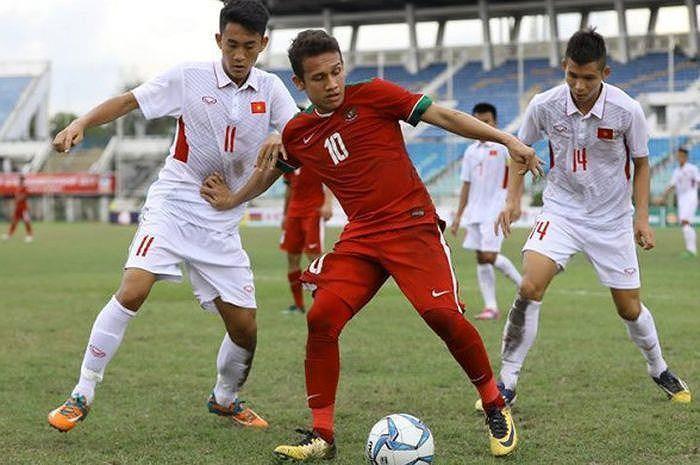 Hàng phòng ngự U23 Việt Nam phải để mắt nhiều hơn đến Egy Maulalna.