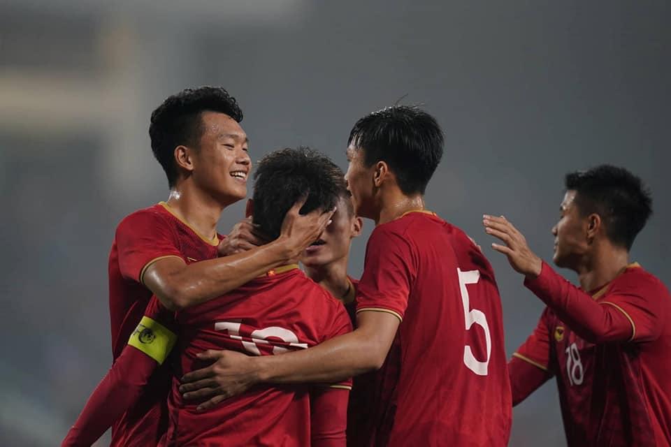 Báo Hàn Quốc nói điều này sau chiến thắng đậm của U23 Việt Nam - Bóng Đá