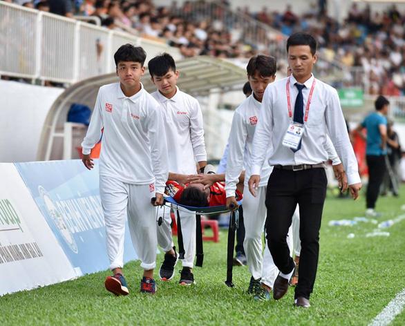 Điểm tin bóng đá Việt Nam sáng 14/04: Sao U23 Việt Nam lên TP.HCM cấp cứu sau trận thắng Than Quảng Ninh - Bóng Đá
