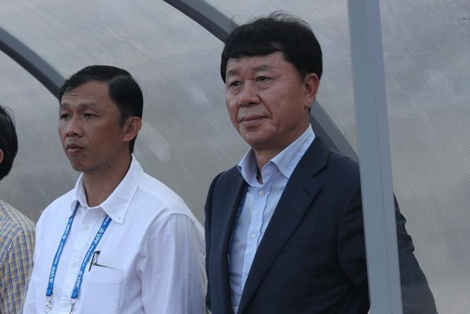 Thất bại ở HAGL, tại sao HLV Chung Hae Soung lại thành công ở TP.HCM? - Bóng Đá