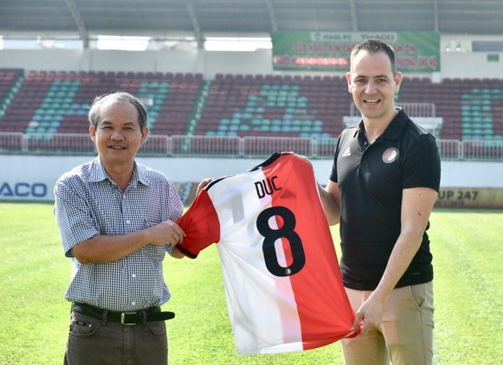 Lãnh đạo CLB Feyenoord Rotterdam: