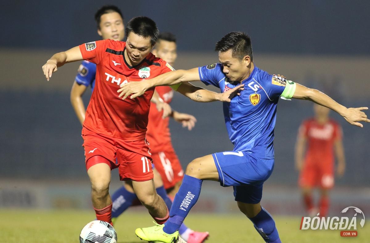 Điểm tin bóng đá Việt Nam sáng 23/04: HLV Quảng Nam khen ngợi Tuấn Anh - Bóng Đá