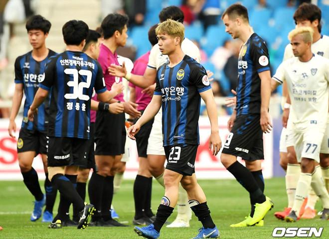 Điểm tin bóng đá Việt Nam tối 12/05: Truyền thông Thái Lan sửng sốt với