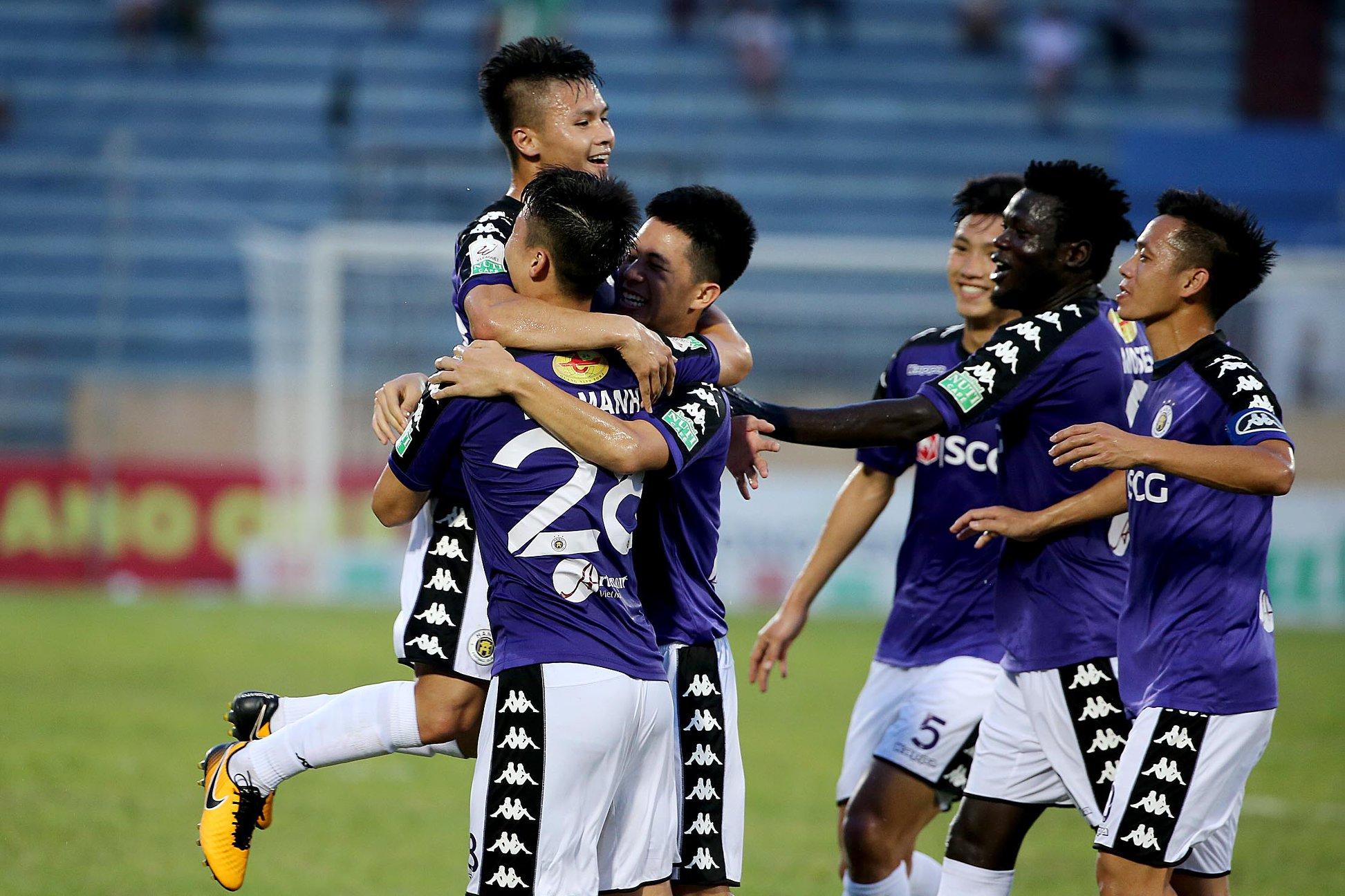 Điểm tin bóng đá Việt Nam sáng 15/05: VFF nói một điều, cầu thủ nhập tịch