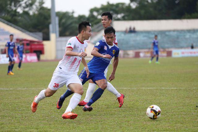 17h00 ngày 19/5, Quảng Nam vs Nam Định: Cuộc chiến người cùng khổ - Bóng Đá