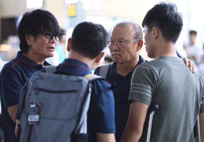 Bác sỹ Hàn Quốc sẽ điều trị cho Đình Trọng - Bóng Đá