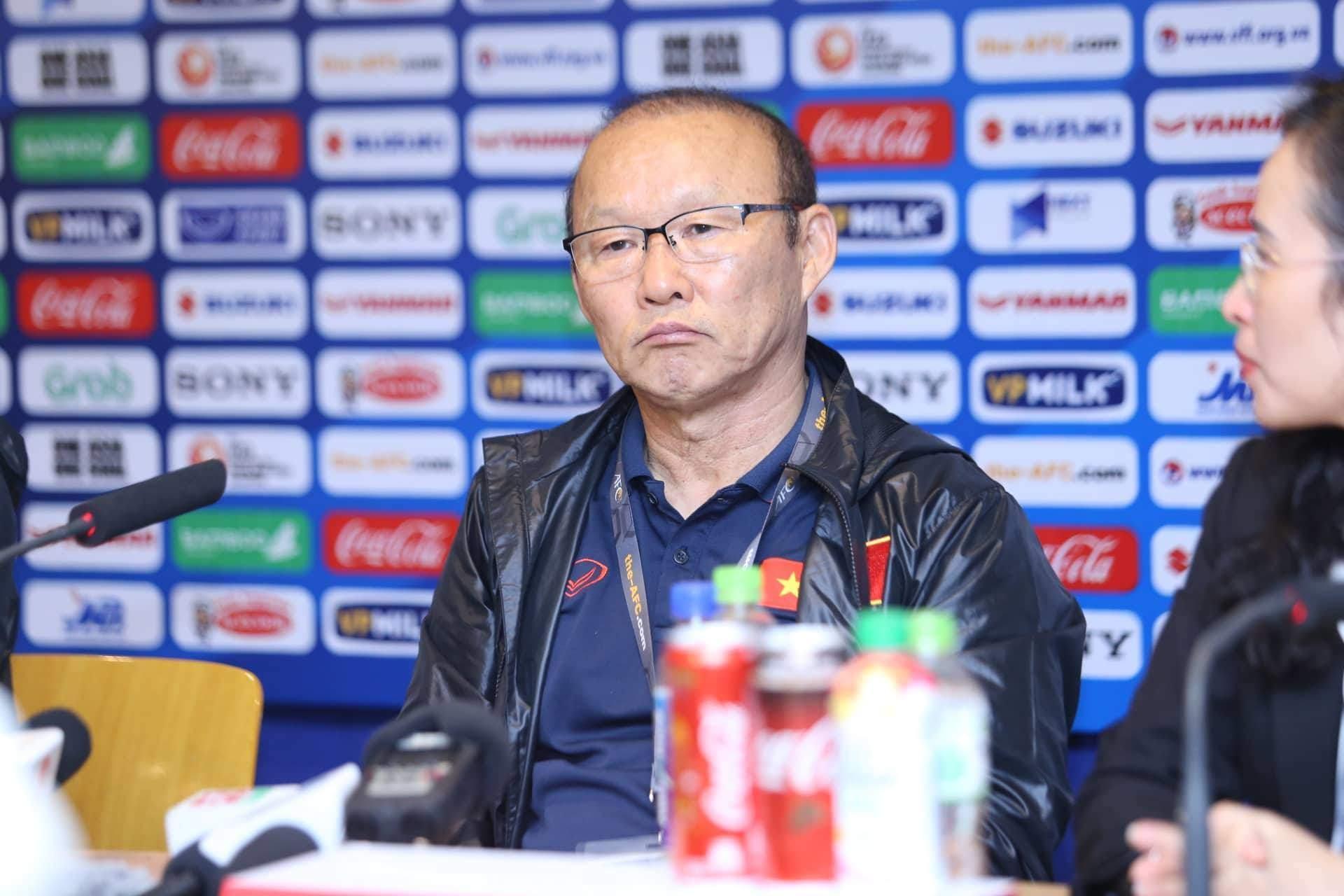BLV Quang Huy nói về thiếu sót của HLV Park Hang-seo khi dự King's Cup - Bóng Đá