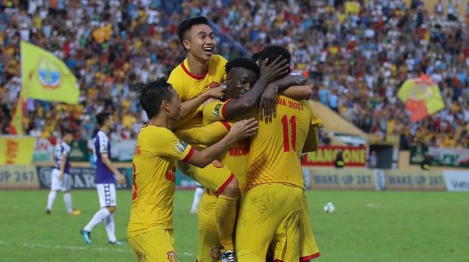 Huỳnh Đức xin không nhắc về Hà Đức Chinh sau trận thua Nam Định - Bóng Đá