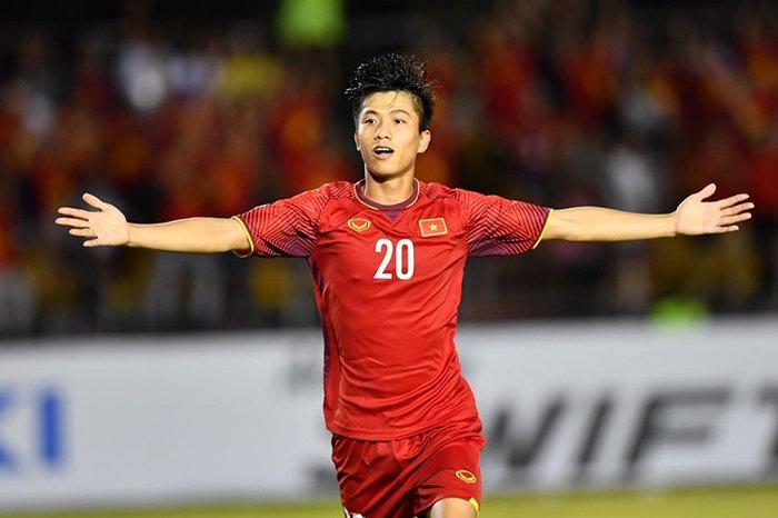 SỐC: Phan Văn Đức dính chấn thương rất nặng, hết cơ hội dự vòng loại World Cup 2022 - Bóng Đá