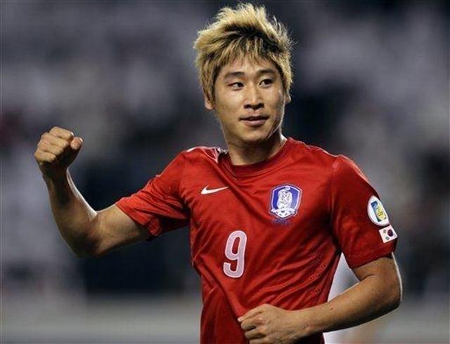 Tuyển thủ Hàn Quốc kinh ngạc với sự thay đổi của HLV Park Hang-seo - Bóng Đá