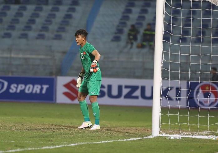 HLV Lê Huỳnh Đức nhận xét gì về hai tuyển thủ U23 Việt Nam? - Bóng Đá